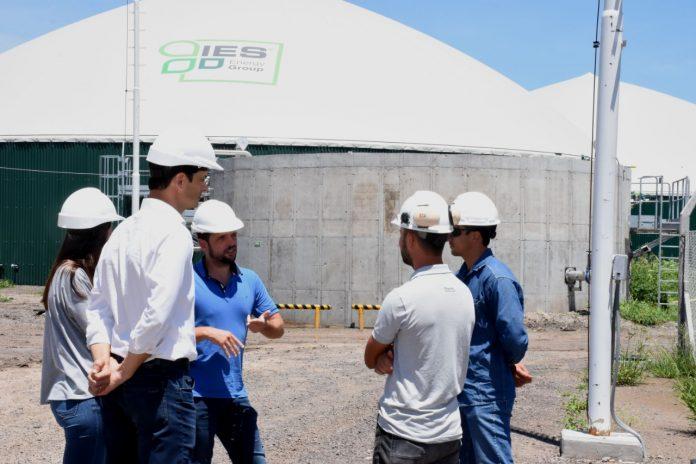 Funcionarios visitaron la planta de la Empresa Biogas Avellaneda SA