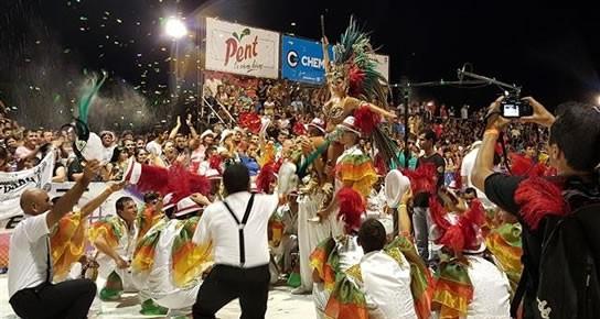 Los Carnavales vuelven a las calles céntricas de la Ciudad