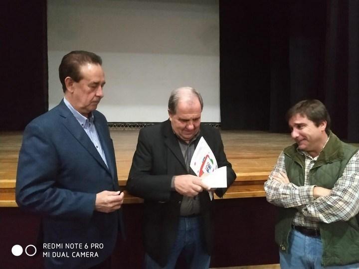 Entregaron un subsidio a la Asociación Española de Socorros Mutuos