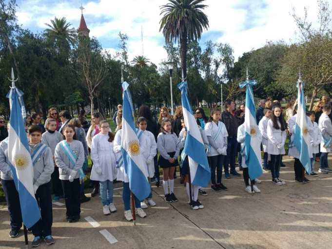 Reconquista realizó el acto por el 25 de Mayo