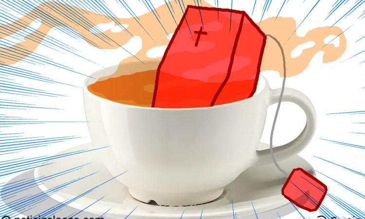 La entierran en una réplica de la caja de su marca de té favorita