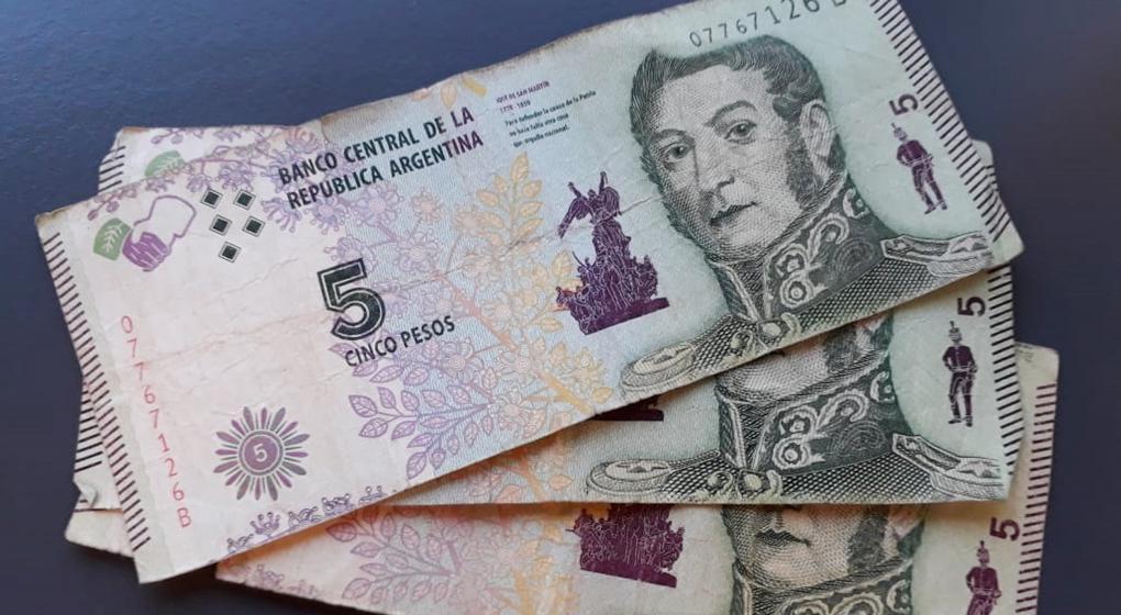 Adiós a los billetes de 5 pesos