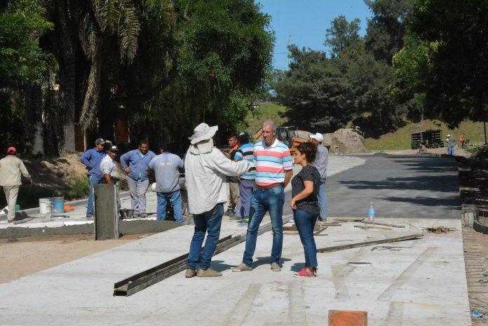 Más pavimento para Barrio Don Pedro