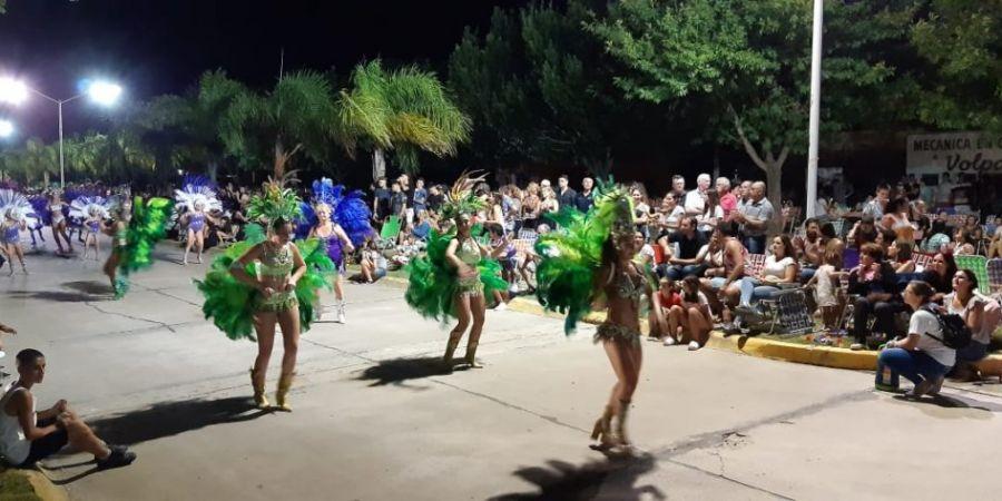 Se realizó la primera noche de corsos en Malabrigo