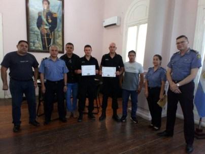 Reconocieron a dos policías de Malabrigo que salvaron la vida de un menor