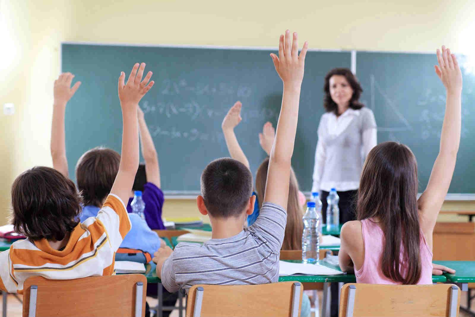 """Ministra de Educación anunció """"no se evaluará a los alumnos en el primer trimestre"""""""