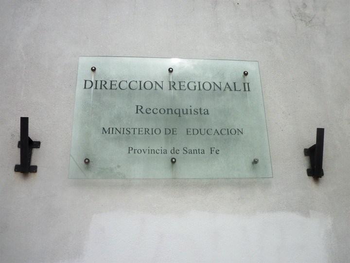 Concretan entrega de aportes para refacciones de escuelas de la Región II Reconquista
