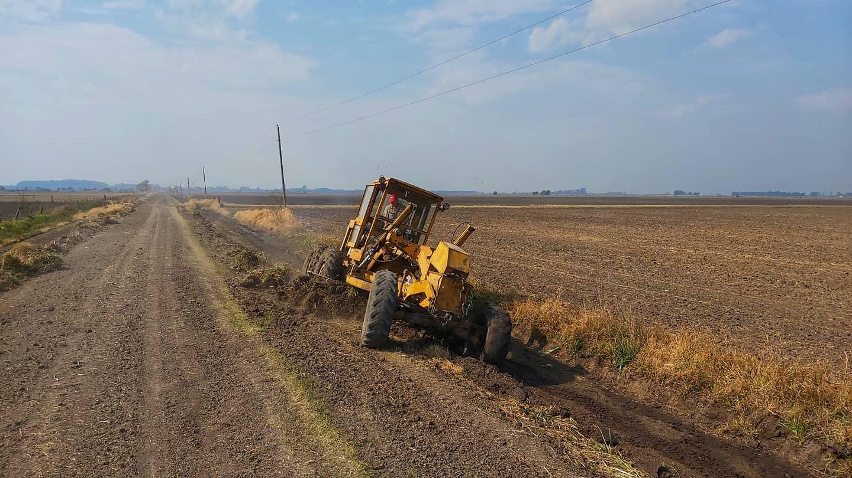 Optimización de caminos y desagües rurales