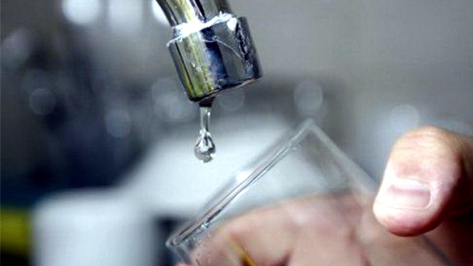 Reconquista: baja presión de agua potable