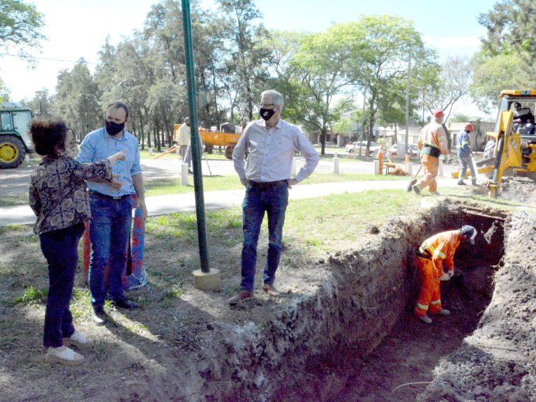 Avellaneda trabaja en refuncionalizar el desagüe en calle 1 y 6