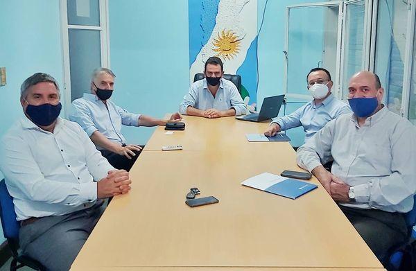 EL INTENDENTE DE MALABRIGO, ROBERTO SPONTON, SE REUNIÓ CON AUTORIDADES DEL BANCO NACIÓN