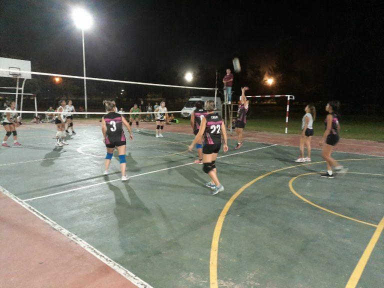 Comenzó el Torneo Interbarrial de Voley en Avellaneda