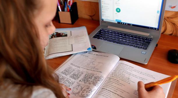 Ministerio de Educación determinó que no habrá clases presenciales la próxima semana en la provincia de Santa Fe