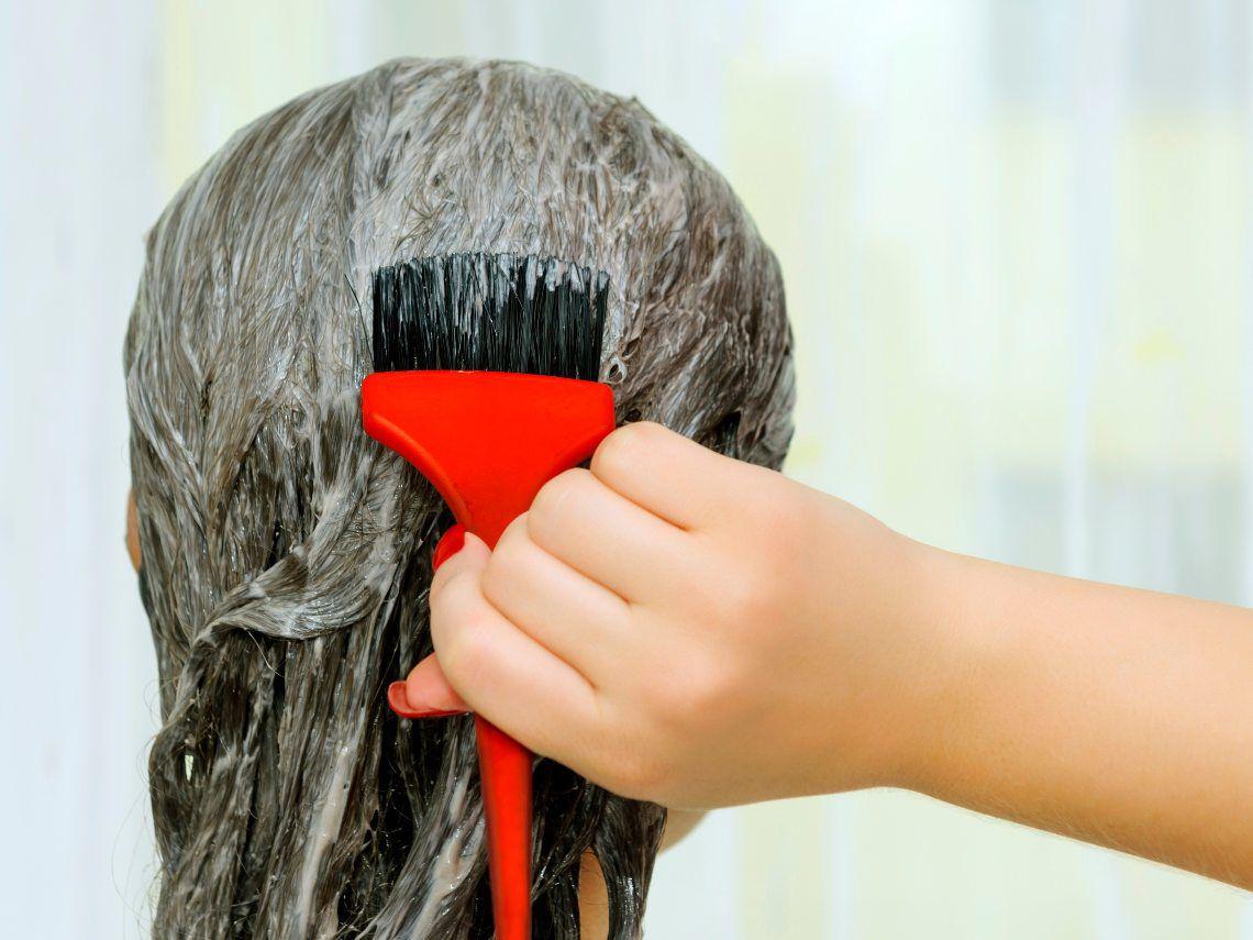 ¿Se puede teñir el pelo durante el embarazo?