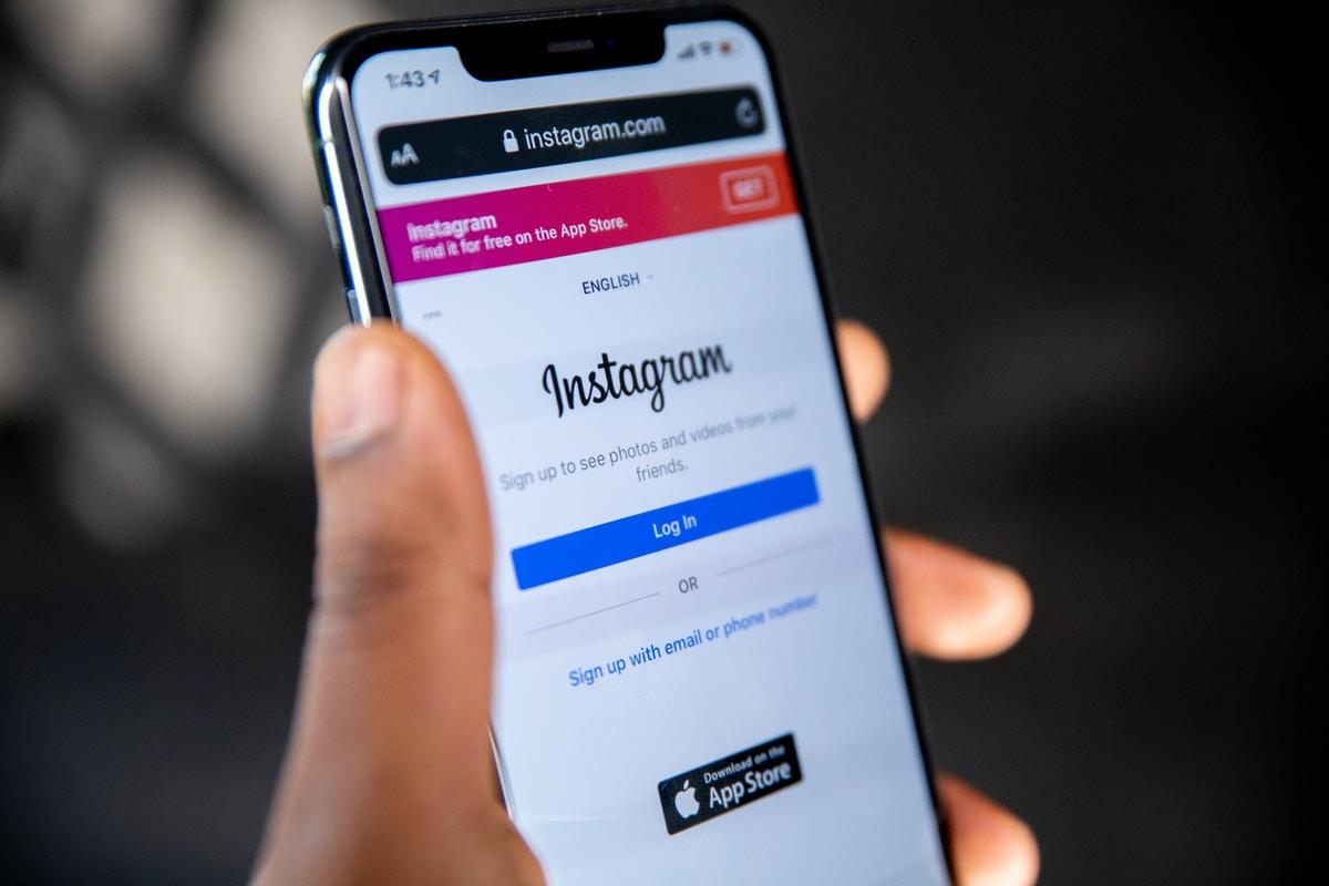 Instagram lanza herramienta que traduce el texto en las 'Stories'