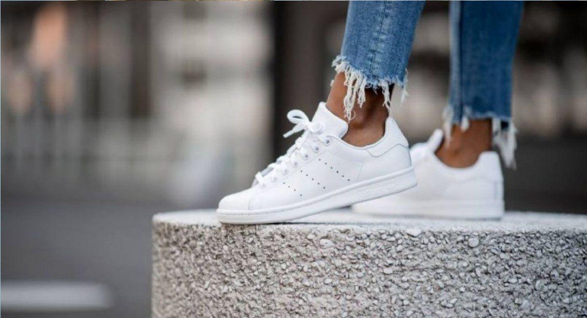 Trucos para limpiar zapatillas blancas y que queden como nuevas
